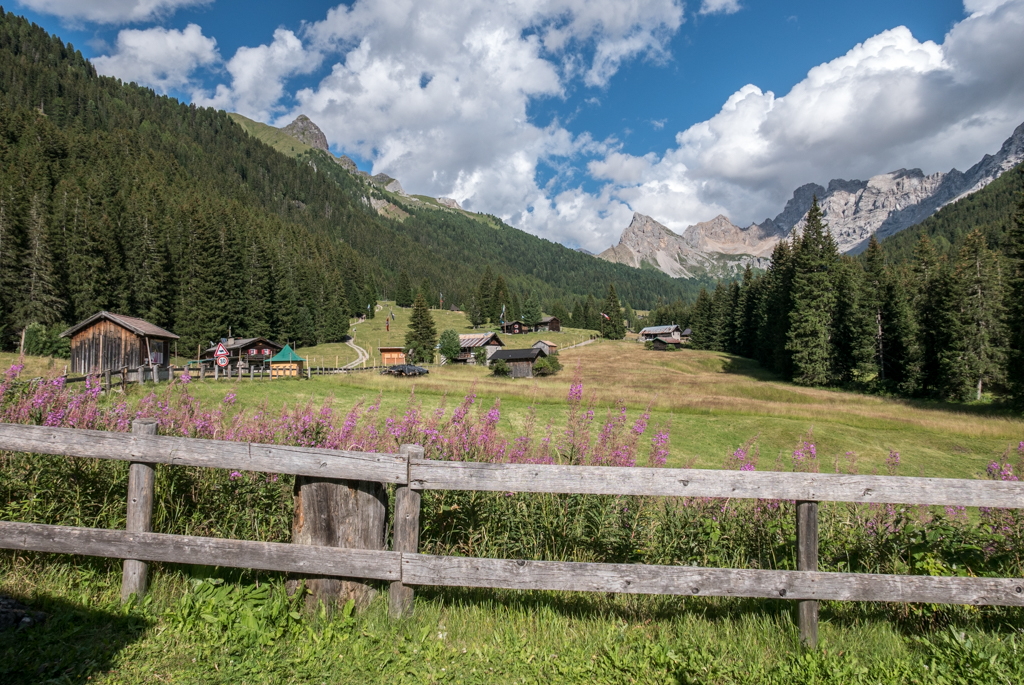 TRENTINO: Val San Nicolò e il Lago Lagusel