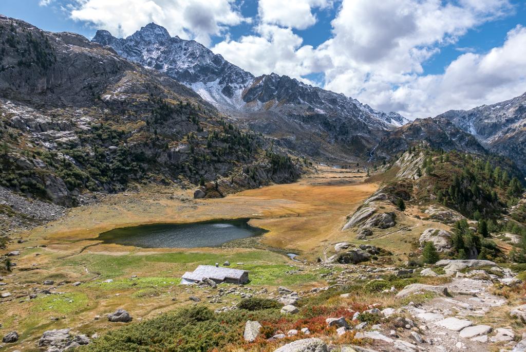 VALLE D'AOSTA – Le Cascate del Rotur, il Rifugio Deffeyes & i Laghi di Bella Comba