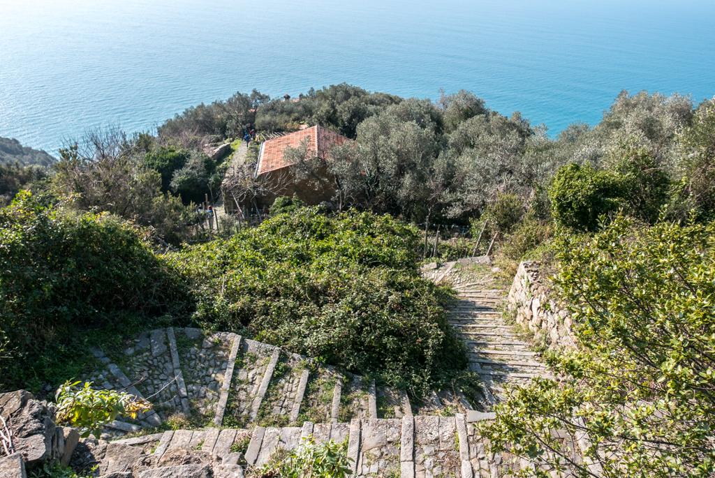 Trekking Liguria – La spiaggia di Albana e del Persico