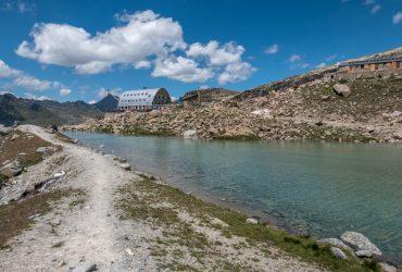 VAL D'AOSTA – Trekking al Rifugio Vittorio Emanuele II