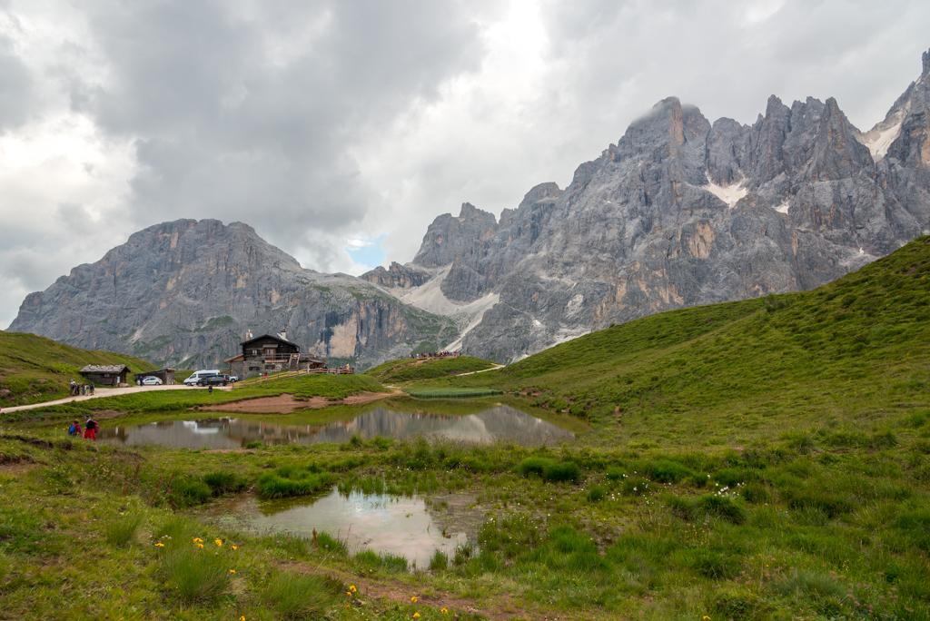 Val Venegia & Baita Segantini: Escursione ad anello sotto le Pale di San Martino