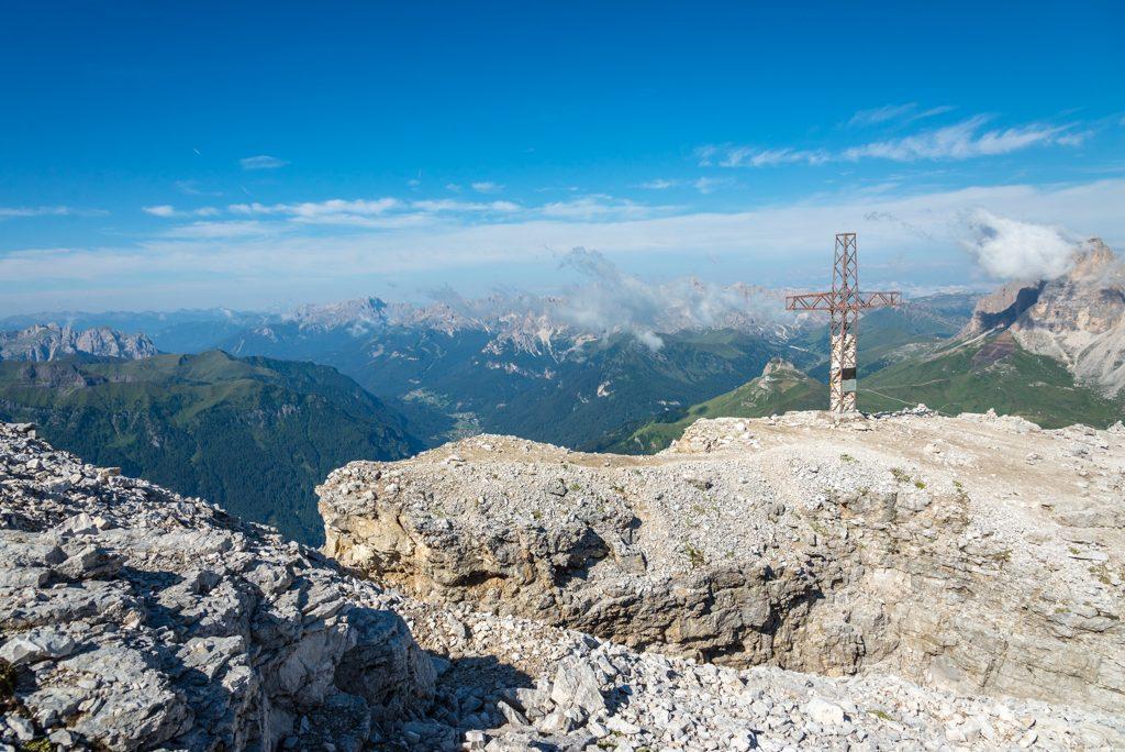 Escursione sulla Terrazza delle Dolomiti – dal Sass Pordoi al Piz ...