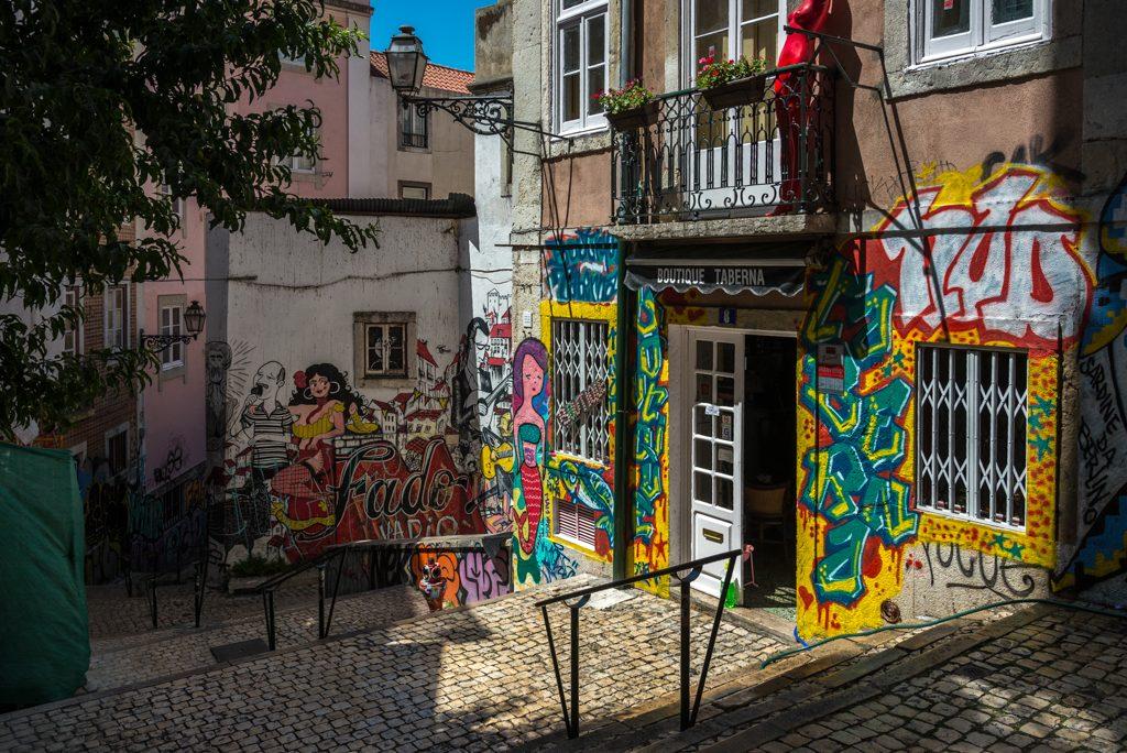 Lisbona, Escadinhas de S. Cristóvão