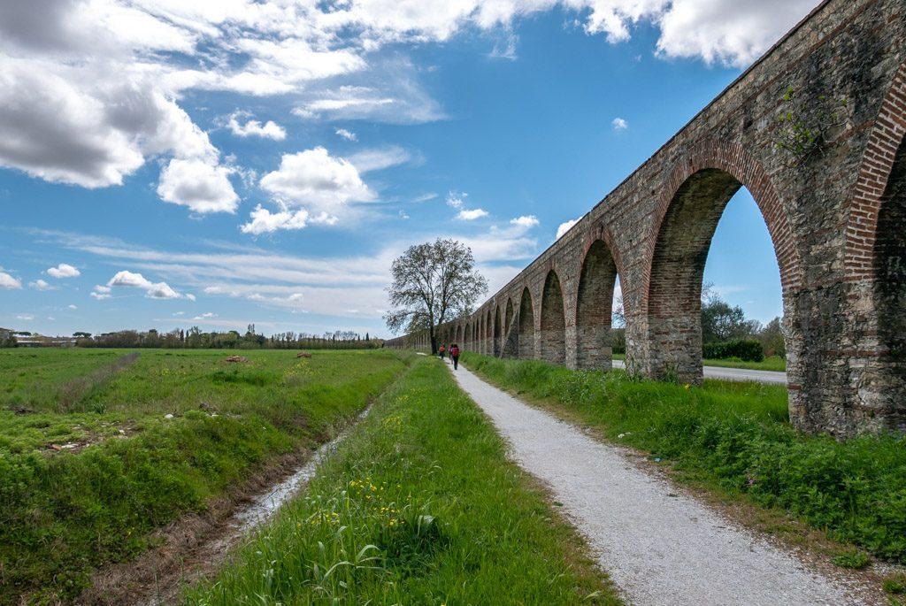 La via degli acquedotti
