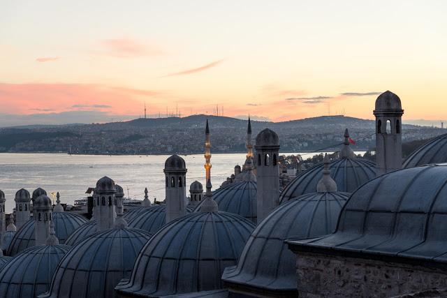 Istanbul in 12 scatti