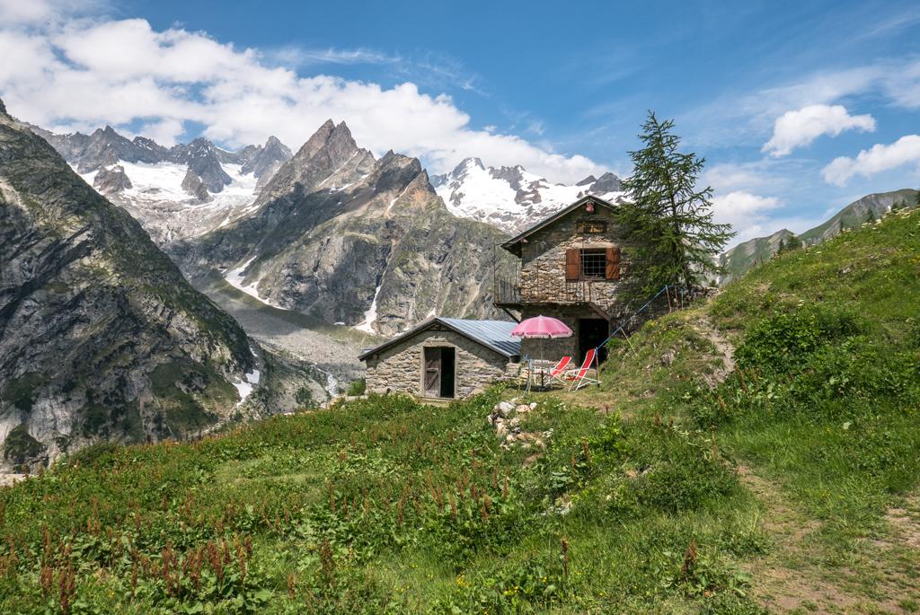 Valle d'Aosta – Trekking in Val Ferret, da Arnouva al Rifugio Bonatti & Rifugio Elena